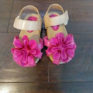 Flower toddler shoes
